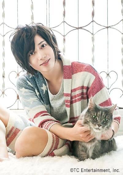 俳優「染谷俊之」×猫「メインクーン」の写真