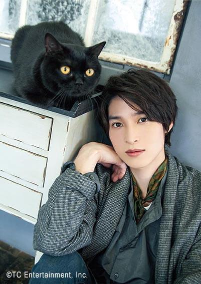 俳優「阪本奨悟」×猫「ボンベイ」の写真