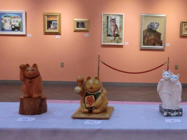 ほくさい美術館で猫の芸術作品を集めた「猫たちの遊々展2017」が開催中