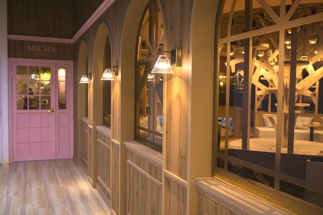 猫カフェMoCHA名古屋店の入口