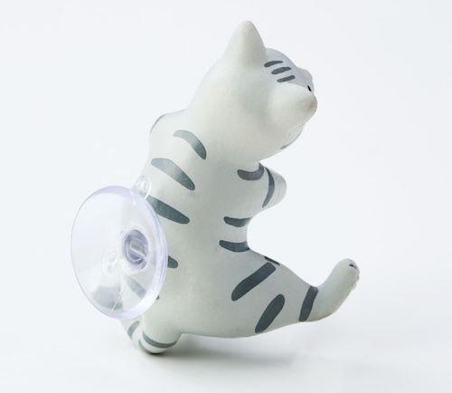 猫の歯ブラシホルダーの背面には吸盤付き
