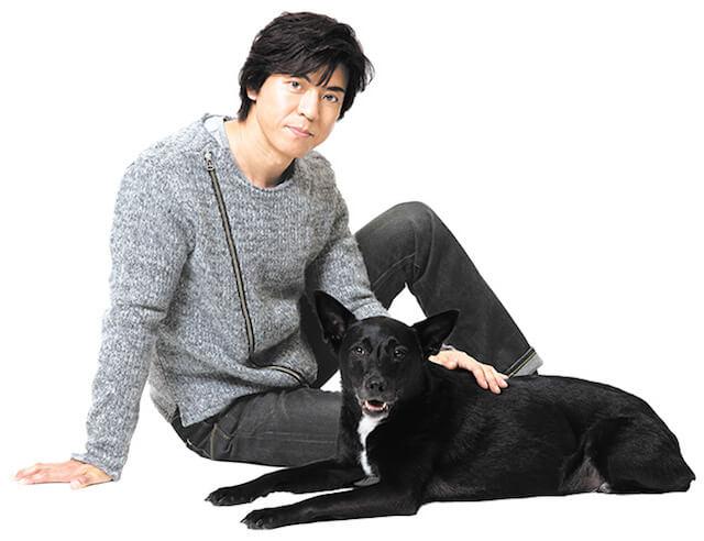 俳優・上川隆也さんと愛犬ノワール(撮影/岡田晃奈)