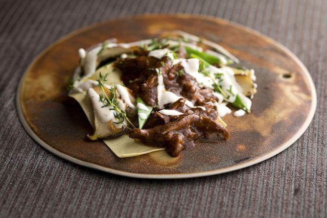 ダックの煮込みとマッシュルームのオープンラビオリ ブルサンチーズソース、オータム&ハロウィーンブッフェ