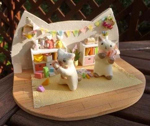 作家「あやねこや」が制作した猫のドールハウス