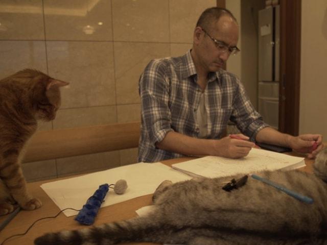 NHKで2週連続で放送、猫を愛する作家に密着する「ネコメンタリー 猫も、杓子も。」