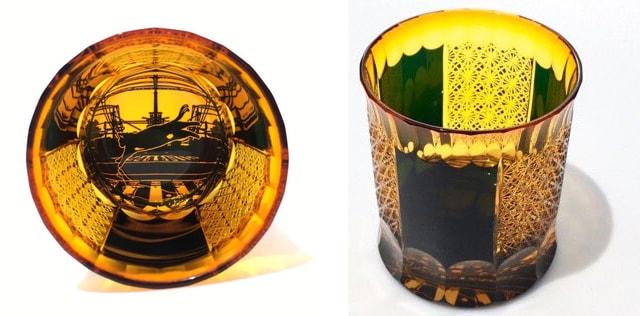 グラス作品「逢魔猫切子」逢魔猫+三菊繋ぎ紋の底と側面イメージ by ガラス工芸家・可夜