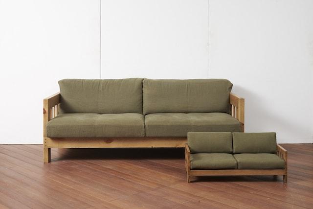 大川家具の職人が作った人間用のソファ&ネコソファ