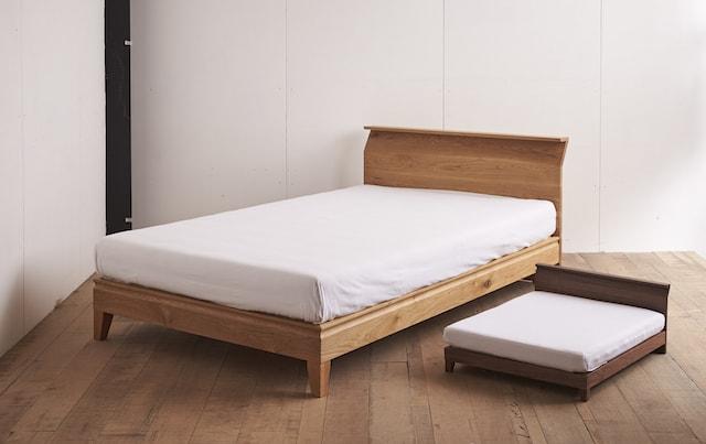大川家具の職人が作った人間用のベッド&ネコベッド