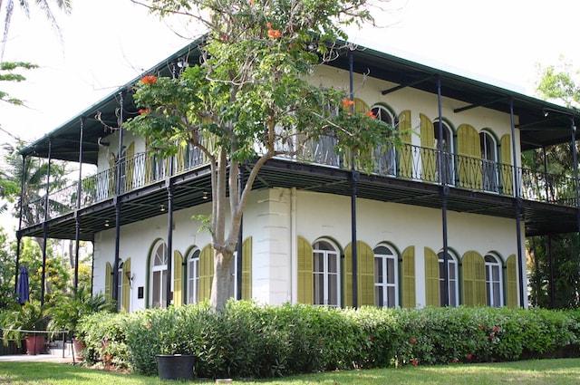 アメリカ・フロリダ州のキーウェストにあるヘミングウェイの家