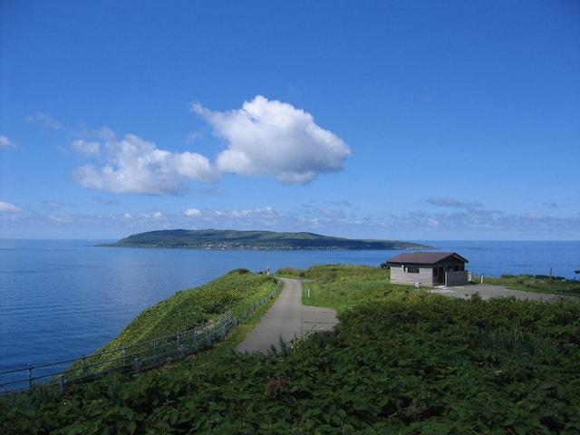 最北端の猫島とも言われる北海道の天売島