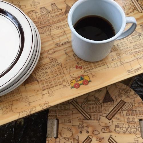 ハローキティのPANEL LONG TABLE(パネルロングテーブル)、ズームアップイメージ