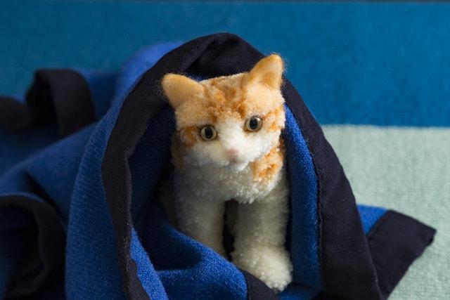 ボンボン手芸で作った猫人形 by 佐藤法雪