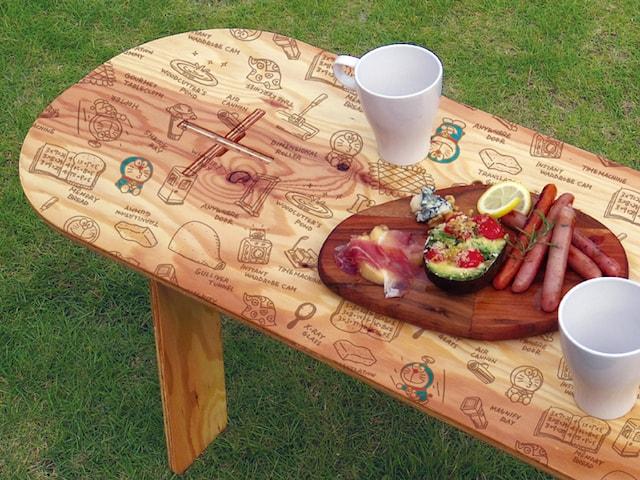 ドラえもんのPANEL LONG TABLE(パネルロングテーブル)