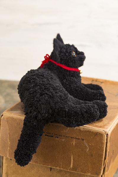 ボンボン手芸で作った黒猫 by 佐藤法雪