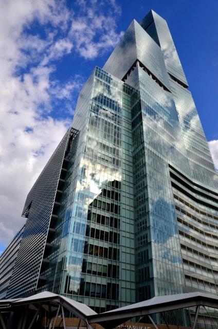 大阪の超高層ビル「あべのハルカス」の外観