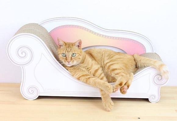 猫用の爪とぎ一体型ソファ by にゃんこ家具 カリカリーナ