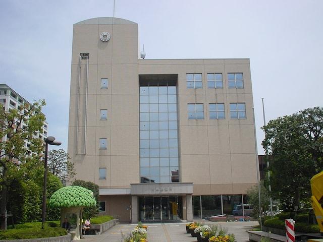 中原区役所の外観