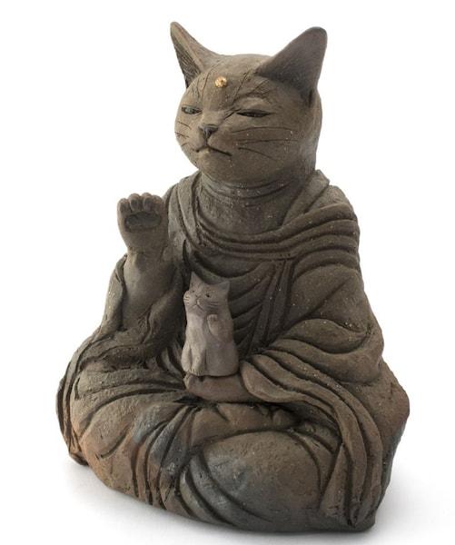 水谷満 作「猫を抱く大仏」