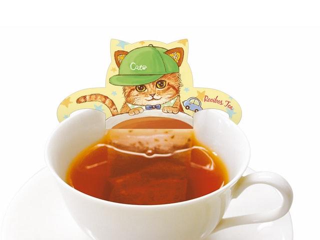 カップに浮かべて可愛い猫型のティーバッグ「ベビーキャットカフェ」