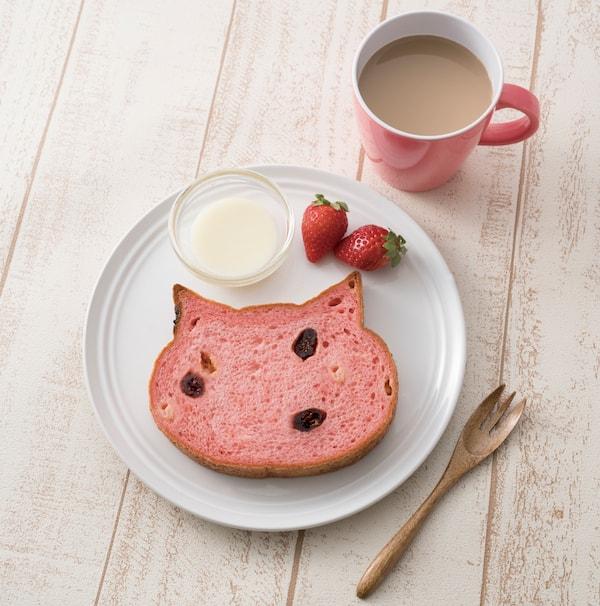 いろねこ食パン+(プラス)ラ・フレーズ(苺)