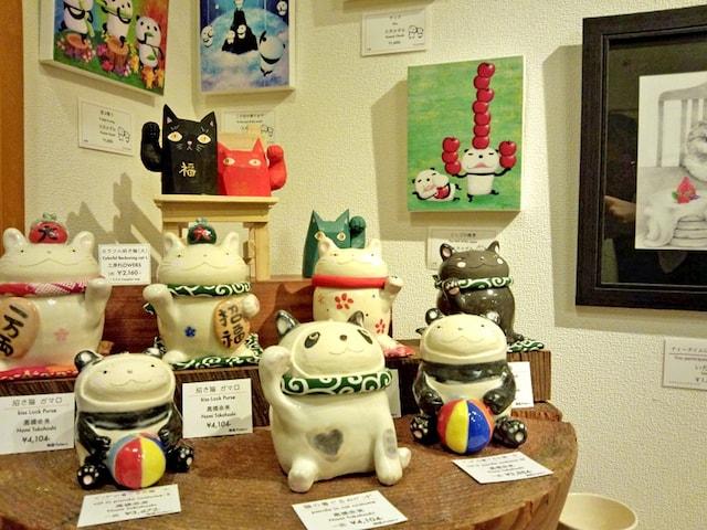 過去に開催された「猫と熊猫展(ネコとパンダ展)」の様子