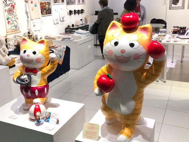 フランスで開催された猫アート作品展「パリ・NEKO・コレクション」が渋谷で開催中