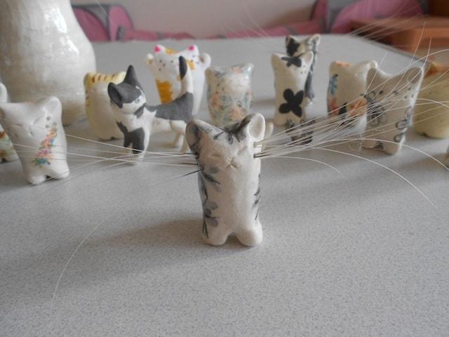 陶芸作家・かいとうひろみ(sakusaku)さんが製作した「ねこひげスタンド」