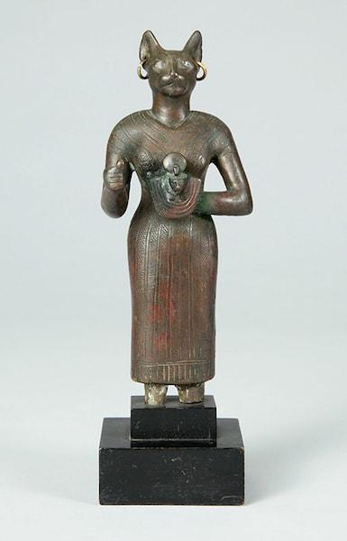 《バステト女神像》エジプト末期王朝時代 松岡美術館