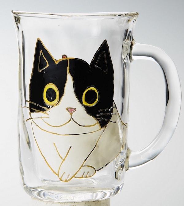 ユニコアの猫をモチーフにしたジョッキ