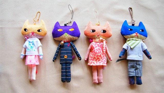 刺繍作家の「とりのこいろ」さんによる猫ドール作品1