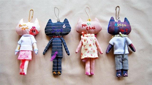 刺繍作家の「とりのこいろ」さんによる猫ドール作品2