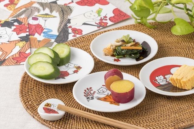 花札ねこ柄豆皿&箸置きの使用イメージ(食卓)