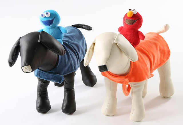 セサミストリートのペット用仮装衣装by 3COINS