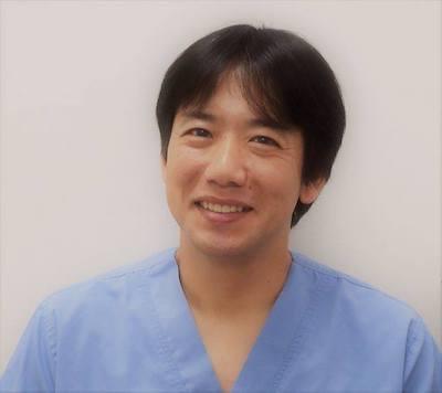 獣医学博士で田園調布動物病院の院長・田向健一氏