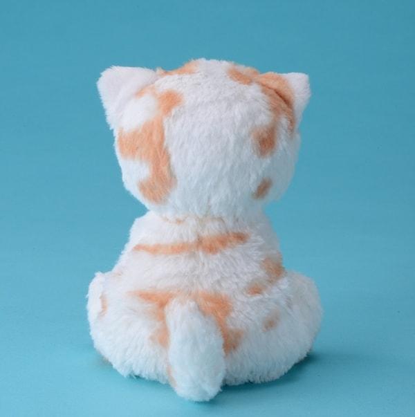 ちくわ柄の人気猫「ホイップ」のぬいぐるみ(背面) by タカラトミー