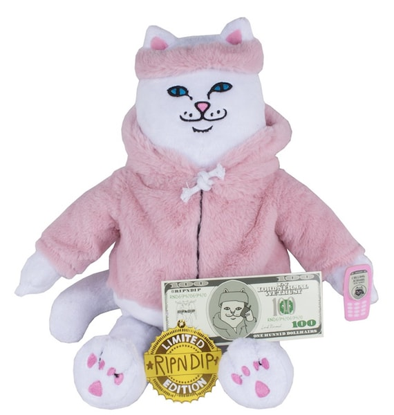 猫のぬいぐるみ「Killa Nerm Plush Doll」 by RIPNDIP