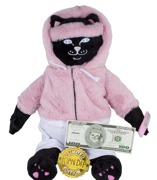 猫のぬいぐるみ「Killa Jerm Plush Doll」 by RIPNDIP