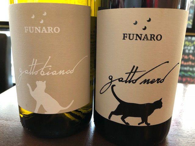 UN GATTO(イタリアンレストラン)の猫ワイン