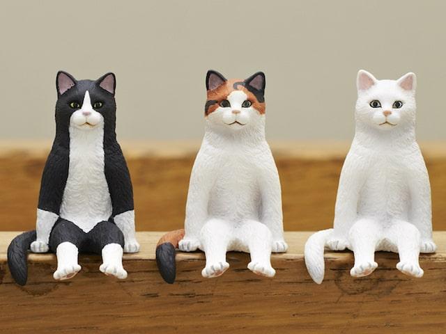 姿勢の良い猫はどこか美しい・・動物フィギュアの最新作「座る猫」が登場したニャ