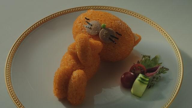 ケチャップライスで作られた猫キャラクター、寝冷えネコ(きよニャ)