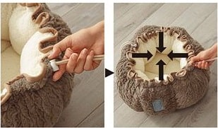 ポーチ型ペットクッションの紐を絞ってマットからベッドへと変形したイメージ