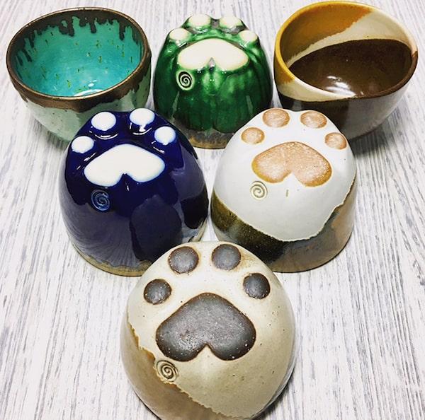 底が肉球デザインのカップ by Mazzys clay