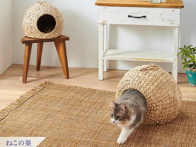 天然の水草を編み込んで作った「猫の巣穴」のような猫ハウスが登場