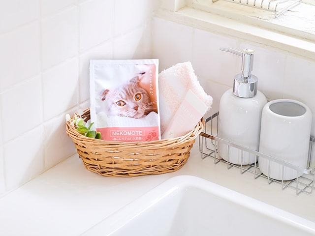 猫にモテそうな香りに包まれる入浴剤「NEKOMOTE BATH POWDER(ネコモテ バスパウダー)」