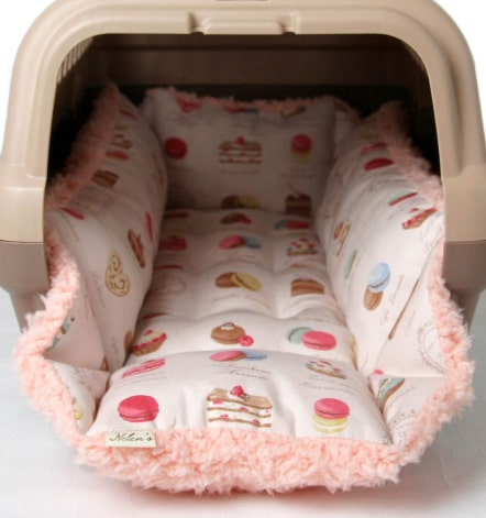 ペット用クッション「キャリークッションベッド」の製品イメージ