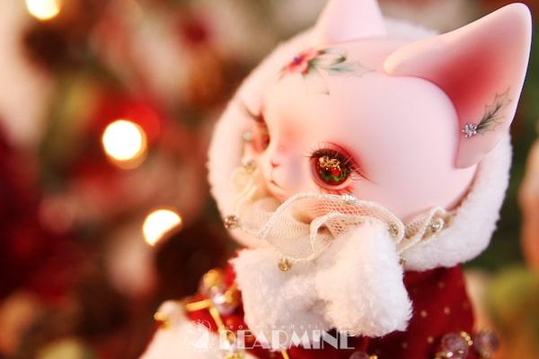 クリスマス仕様の猫ドール「Art PICASSO bean DX ver.」の目元