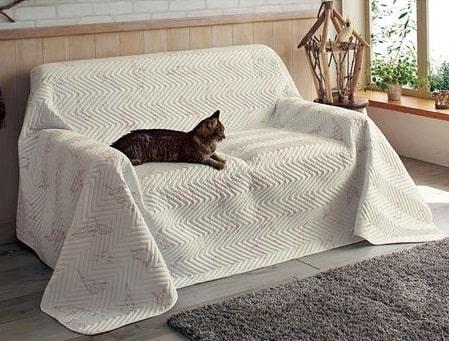 セシールのソファ用マルチカバー(ネコの爪が引っ掛からないタイプ)
