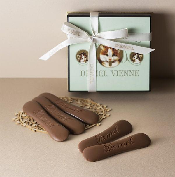 デメルのバレンタインチョコレート「ソリッドチョコ猫ラベル ミルク」のチョコレート