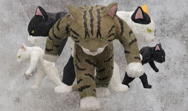 カプセルトイ「たくましい猫」の製品イメージ