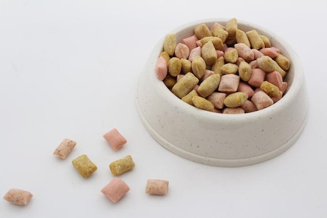 キャットフード風キャンディの盛り付けイメージ bypapabubble(パパブブレ)